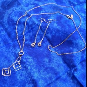 CANVAS - Necklace and earrings